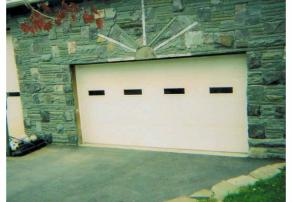 Garage on Sunrise Drive